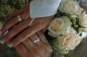 Kfz-Versicherung: Ehepartner als Versicherungsnehmer